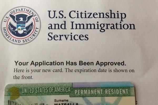 Gia hạn thẻ xanh Mỹ là vấn đề mà hầu hết những người đang định cư tại Mỹ  đều rất quan tâm